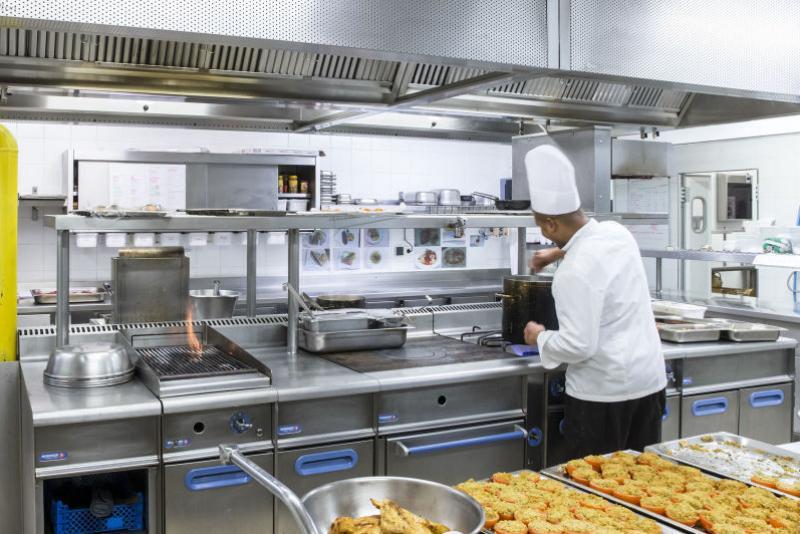 Cuisine professionnelle dalkia froid solutions - Definition d une cuisine centrale ...
